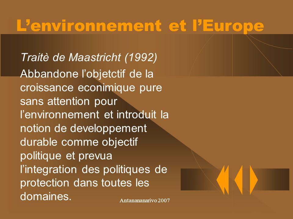 Antanananarivo 2007 Pour favorisè lactuation des obligation de Kyoto mais aussi la cooperation internationale, le Protocol intruduit la commercialisation des droits de emission ou trading emission.