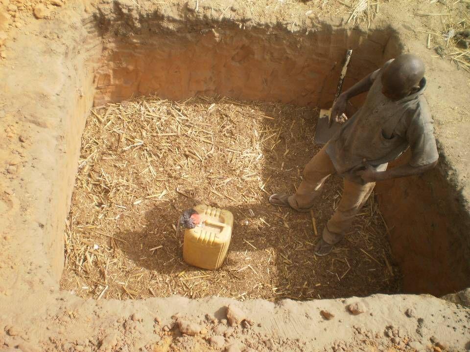-Déterminer le temps de stockage dans le contexte dAguié -Voir sil y une différence entre urine dun urinoir et urine dune latrine (niveau de contamination) -Déterminer la production individuelle durine -Déterminer le contenu NPK Raisons