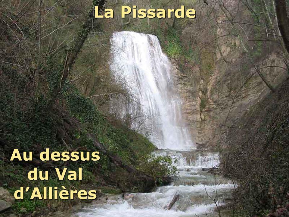 La Pissarde En dessous du château dAllières