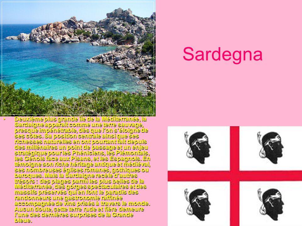Sardegna Deuxième plus grande île de la Méditerranée, la Sardaigne apparaît comme une terre sauvage, presque impénétrable, dès que l'on s'éloigne de s