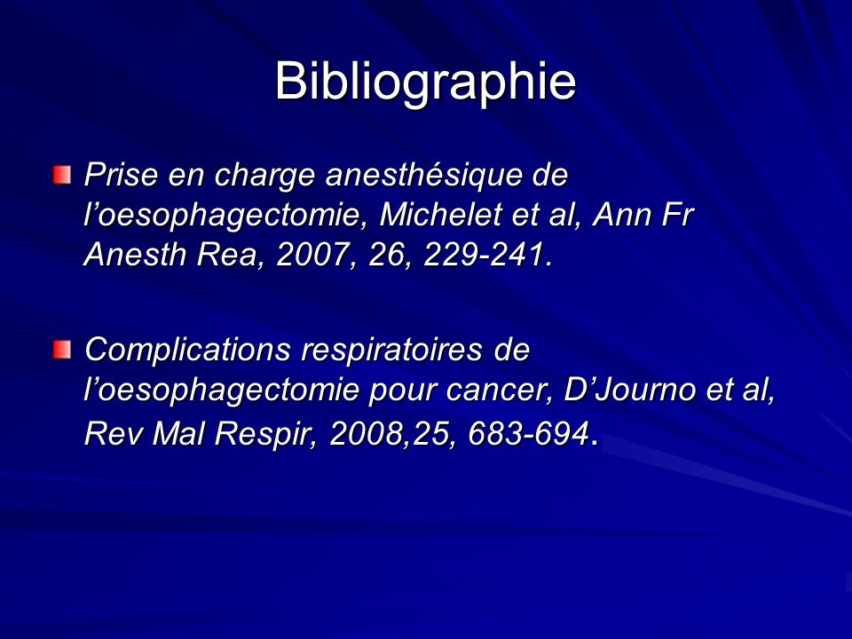 Nature et Fréquence des complications post opératoires Société chirurgie thoracique US Oesophagectomie (période 2005-2007) N = 2315 sur 75 centres Mortalité hospitalière n = 63 (2.7 %) Morbidité majeure n= 553 (24%) Saignement : 12 (5 %o) Fuite anastomotique : 261 (11 %) Ré-intubation : 277 (11 %) Ventilation prolongé > 48 h : 571 (25%) Pneumopathie : 188 (8 %) Whright C et al J Thorac Cardiovasc Surg, 2009 Whright C et al J Thorac Cardiovasc Surg, 2009