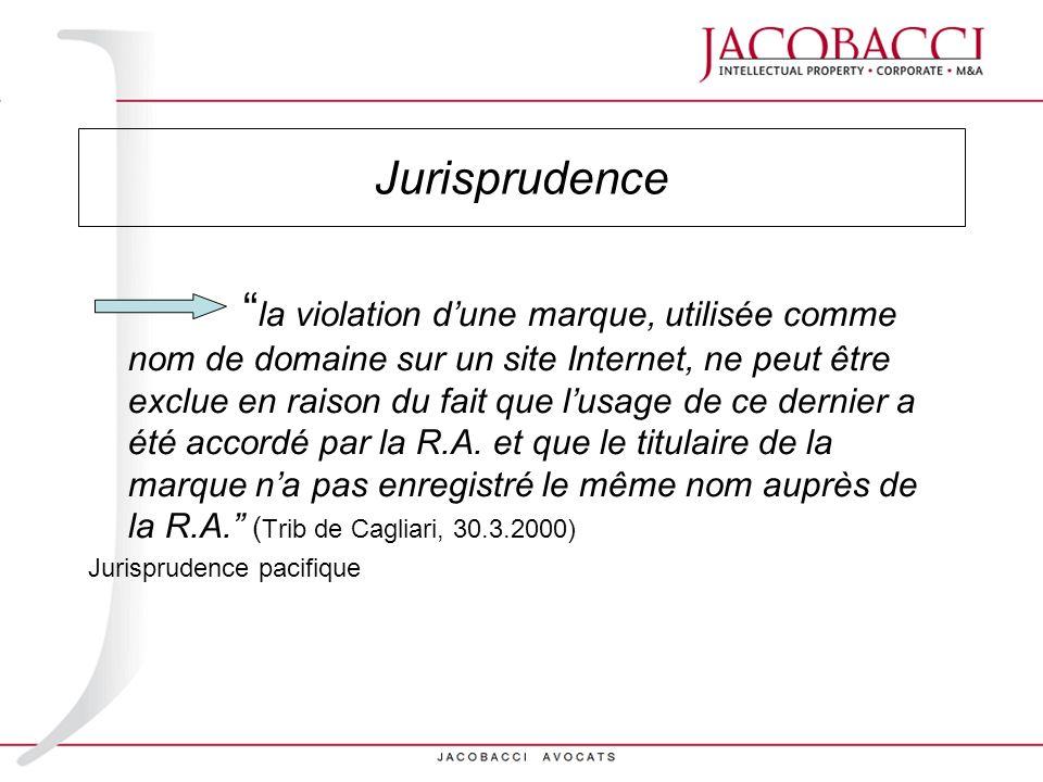 Evolution jurisprudentielle (1) Au début: Internet : système international de réseaux télématiques analogie avec un organisme de presse responsabilité civile de léditeur, pour défaut de contrôle, en cas de délit commis au moyen de la presse (art.