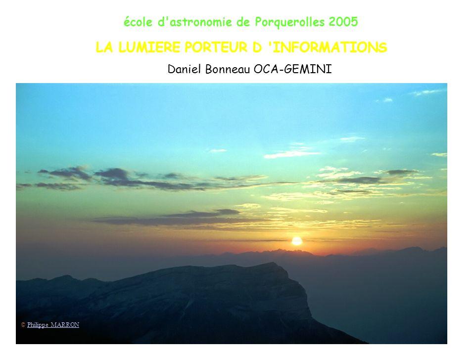 école d astronomie de Porquerolles 2005 État fondamental Ionisation Énergie Série de Lyman Départ : 1 s Arrivée : n>1 p L 1215 Å – limite 915 Å Ultraviolet 31 Lumière émise par latome dhydrogène