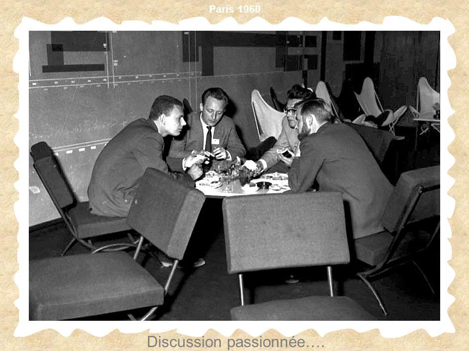 Paris 1960 Discussion passionnée….