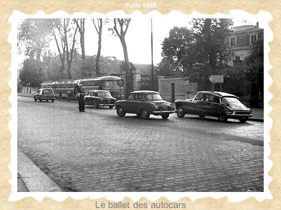 Paris 1960 Le ballet des autocars