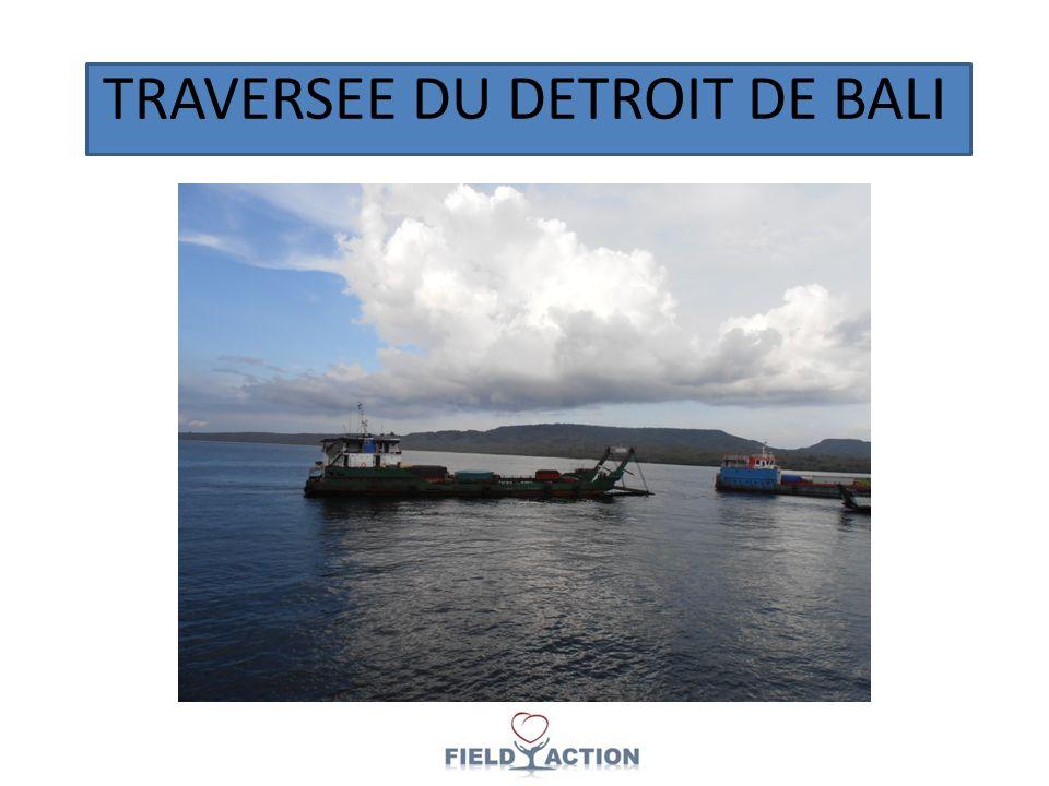 TRAVERSEE DU DETROIT DE BALI