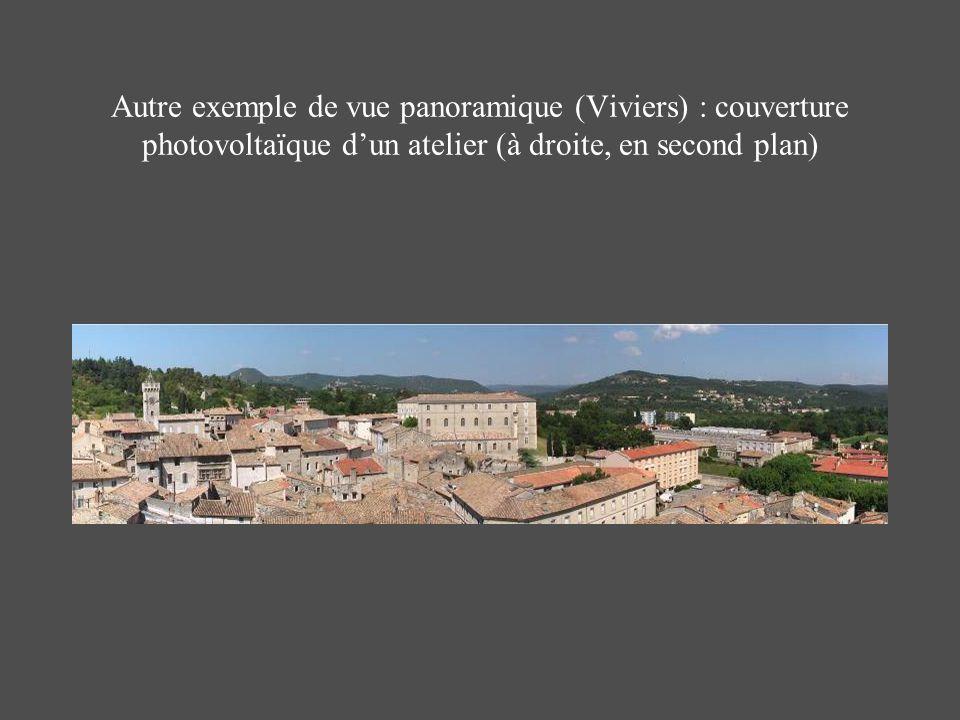 Autre exemple de vue panoramique (Viviers) : couverture photovoltaïque dun atelier (à droite, en second plan)