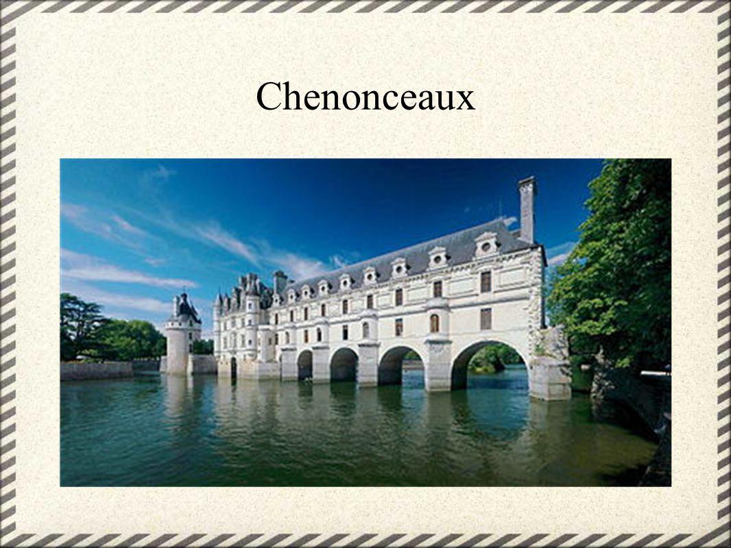 La Cour de Versailles Tout était organisé autour de la personne du roi.