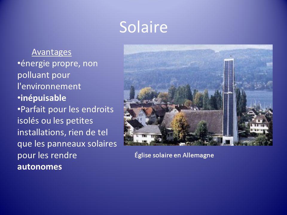 Solaire Église solaire en Allemagne Avantages énergie propre, non polluant pour l'environnement inépuisable Parfait pour les endroits isolés ou les pe
