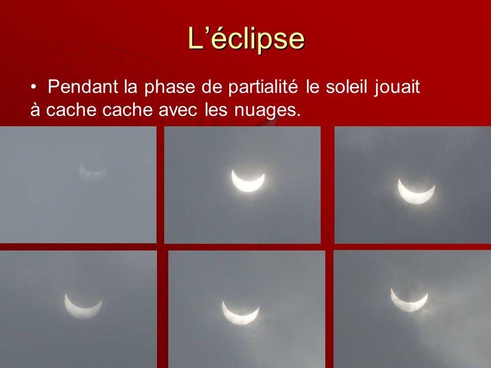 Léclipse Pendant la phase de partialité le soleil jouait à cache cache avec les nuages.