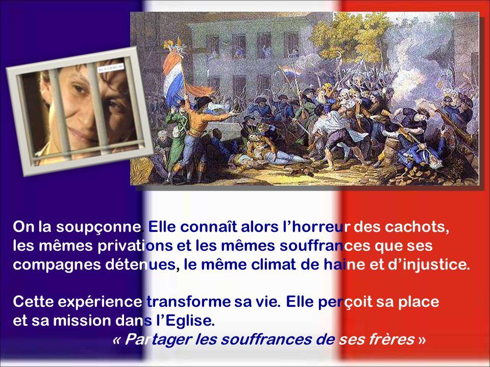 En decembre 1790, la Révolutión loblige à quitter son Couvent et a chercher un asile dans une maison particulière du Quartier St. Michel. Là, elle rec
