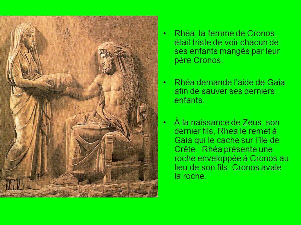 Gaia a amené Zeus dans une caverne sur le Mount Dicte en Crète.