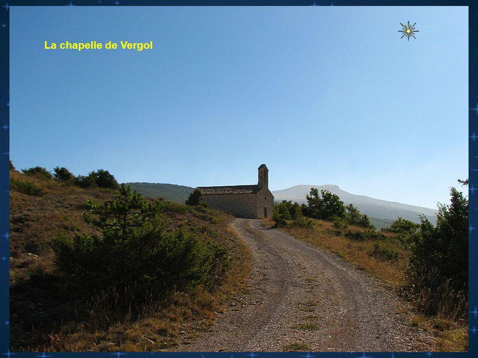 l Au col de l Aiguillon la chapelle de Vergol