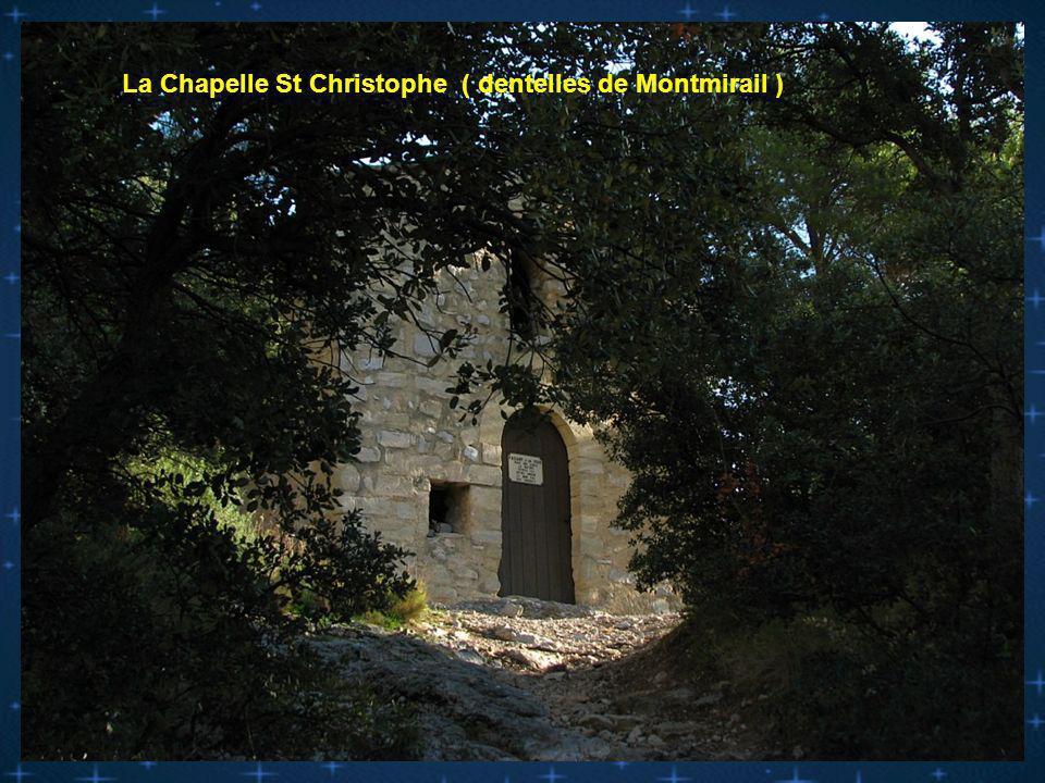 Fresque a lintérieur de la chapelle de Valouse ( secteur Nyons )