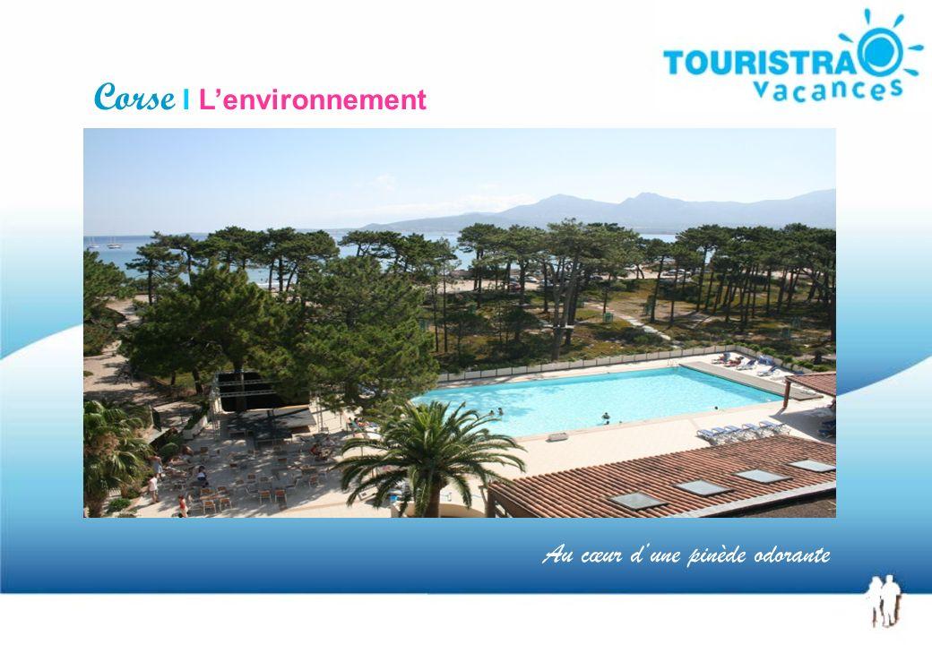 Un hôtel de 4 étages Corse I Lhôtel