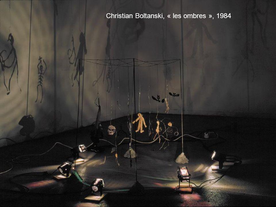Christian Boltanski, « les ombres », 1984