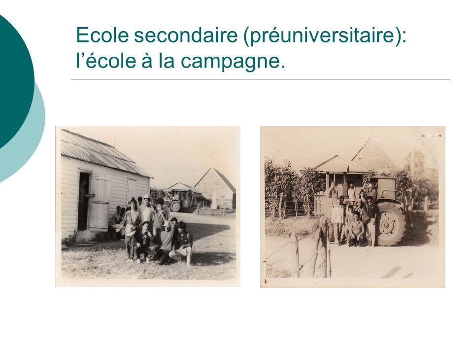 Ecole secondaire (préuniversitaire): lécole à la campagne.