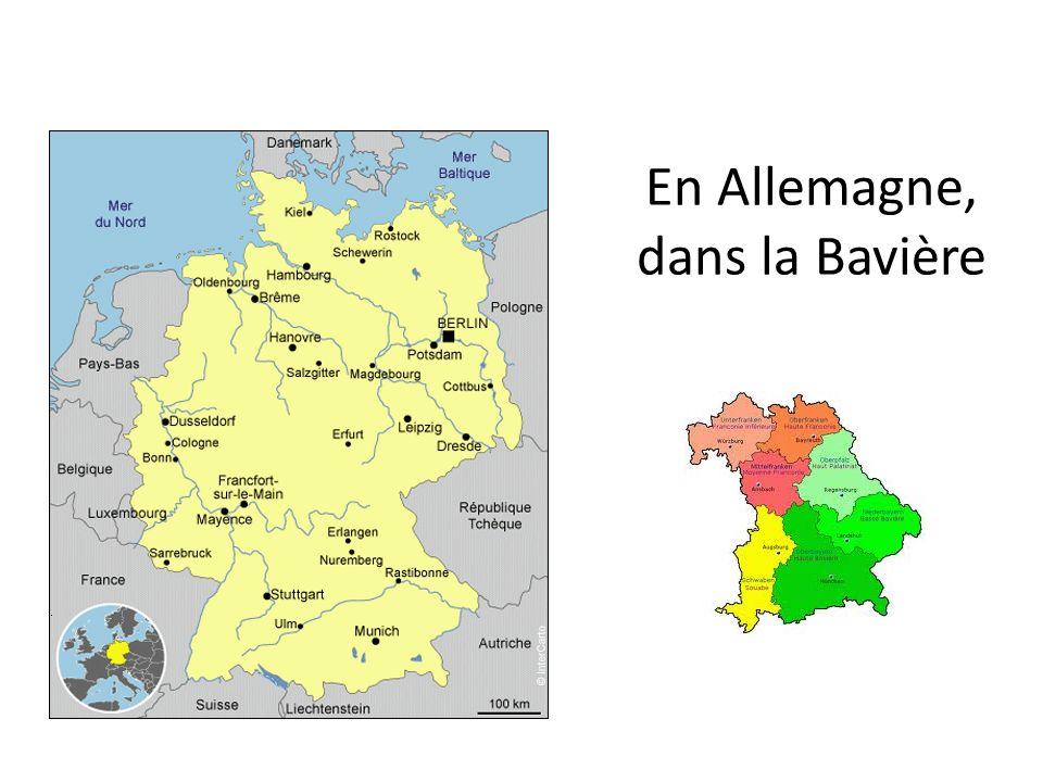 Eine Stadt mit 5.256 Einwohnern Une ville de 5.256 habitants Höhe / Altitude: 237m über NN, Fläche/Superficie: 40,74 km2 Postleitzahl/code postal: 97 483 Autokennzeichen: HAS wie die Region Haβberge
