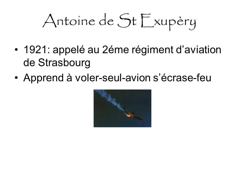 Antoine de St Exupèry 1922 sous lieutenant.