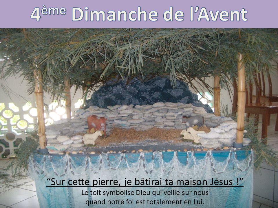 Sur cette pierre, je bâtirai ta maison Jésus ! Le toit symbolise Dieu qui veille sur nous quand notre foi est totalement en Lui.
