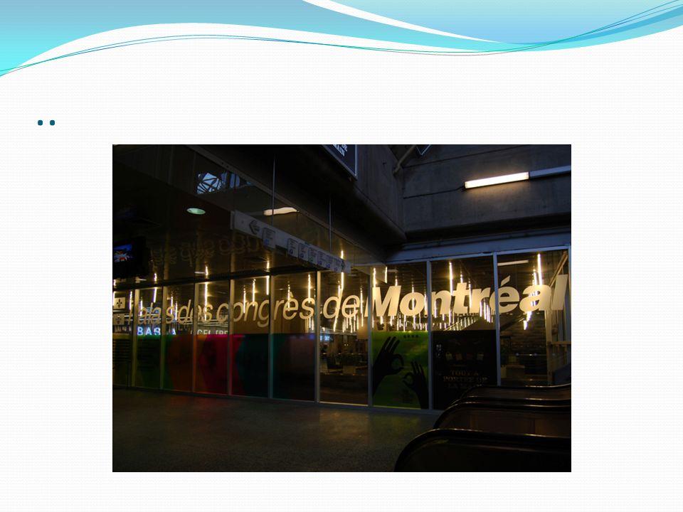 Station Georges-Vanier Un arbre dans le parc Sculpture de Michel Dernuet