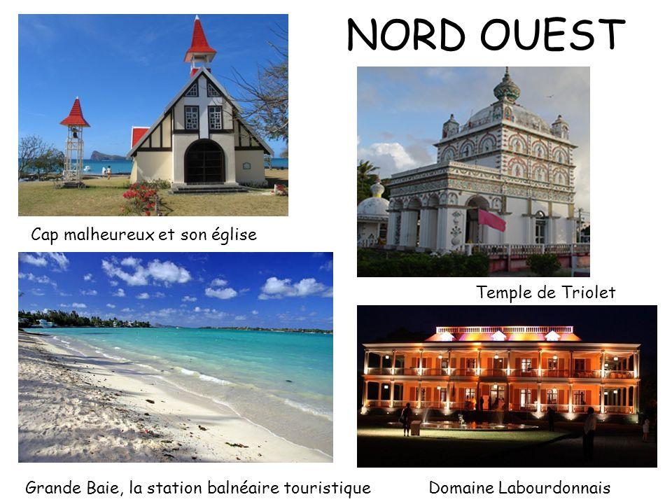 NORD OUEST Cap malheureux et son église Temple de Triolet Grande Baie, la station balnéaire touristiqueDomaine Labourdonnais