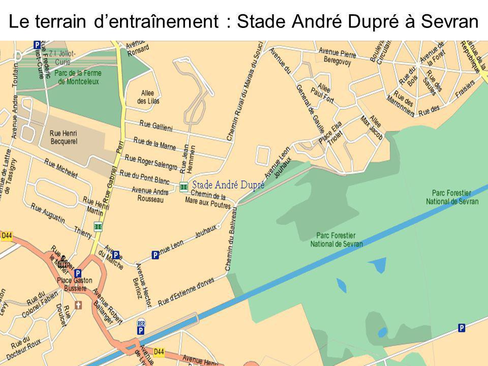 Le terrain dentraînement : Stade André Dupré à Sevran