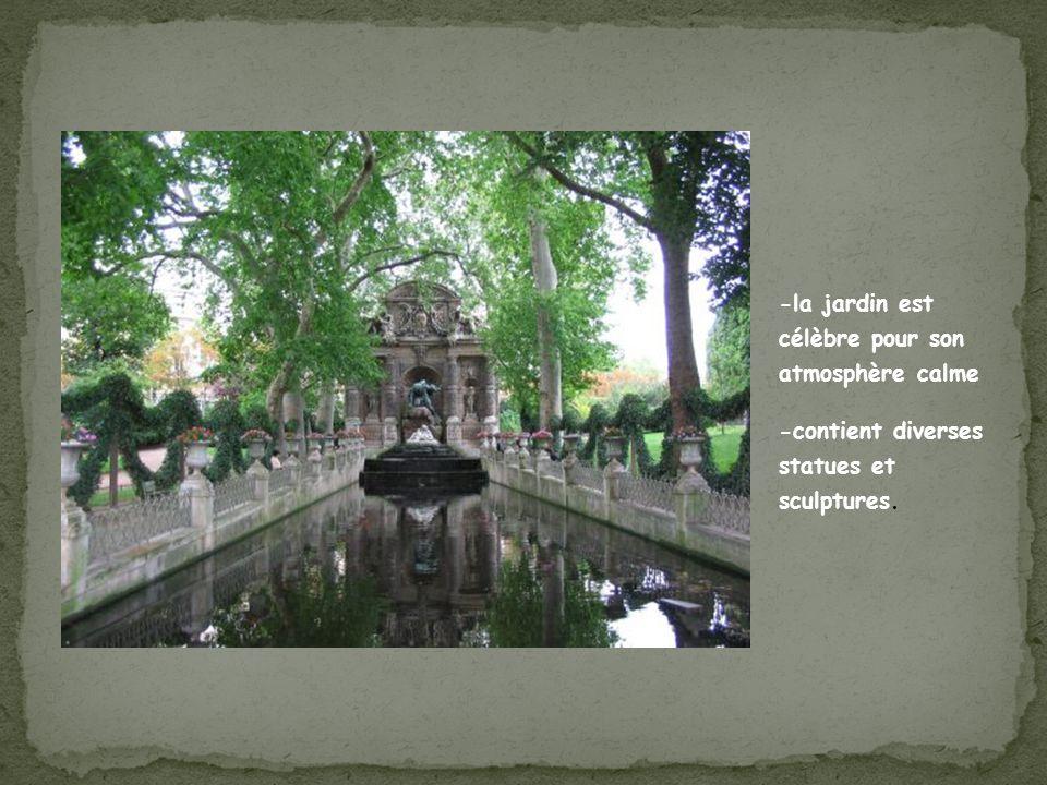 -la jardin est célèbre pour son atmosphère calme -contient diverses statues et sculptures.