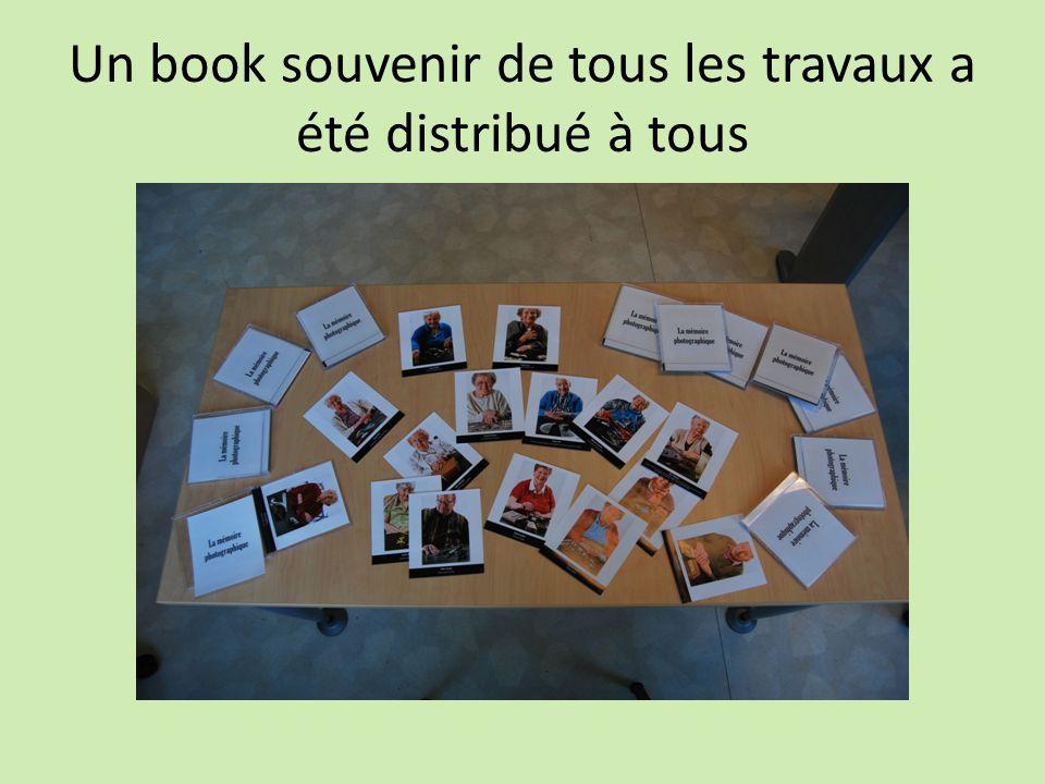 Un book souvenir de tous les travaux a été distribué à tous