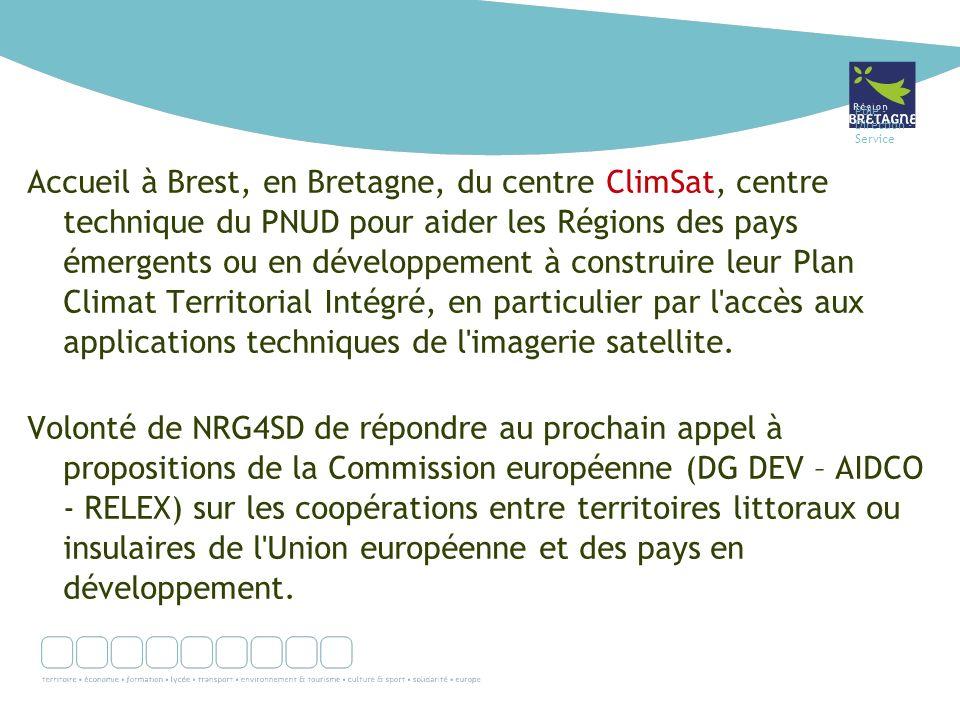 Pôle - Direction - Service Accueil à Brest, en Bretagne, du centre ClimSat, centre technique du PNUD pour aider les Régions des pays émergents ou en développement à construire leur Plan Climat Territorial Intégré, en particulier par l accès aux applications techniques de l imagerie satellite.