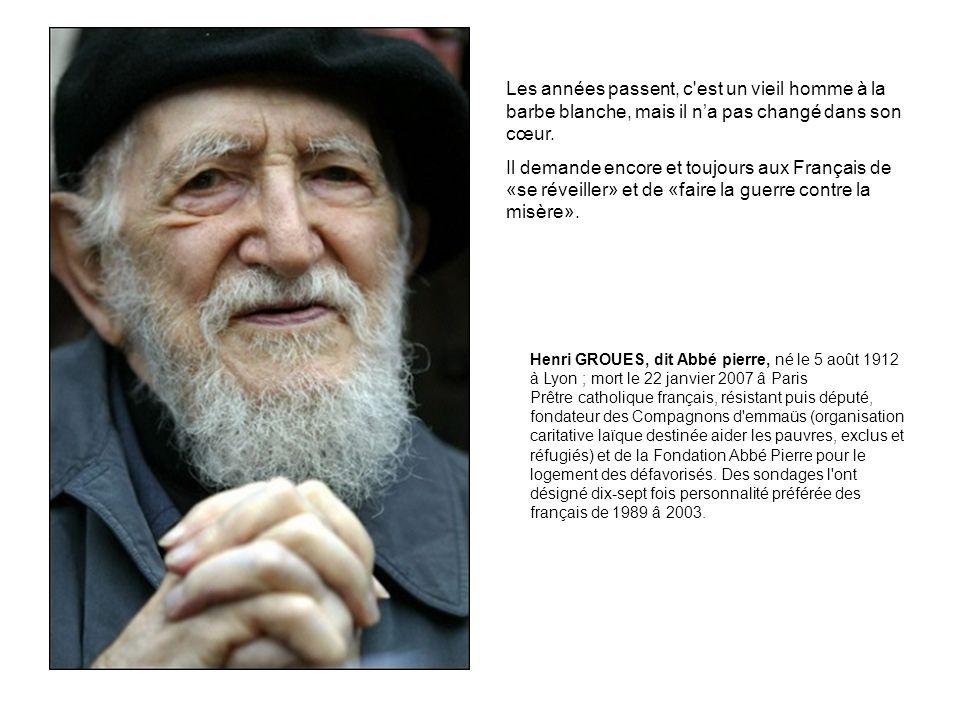 Les années passent, c est un vieil homme à la barbe blanche, mais il na pas changé dans son cœur.