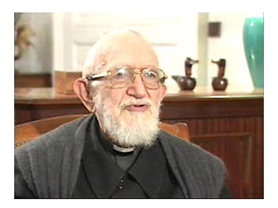 Les années passent, c'est un vieil homme à la barbe blanche, mais il na pas changé dans son cœur. Il demande encore et toujours aux Français de «se ré