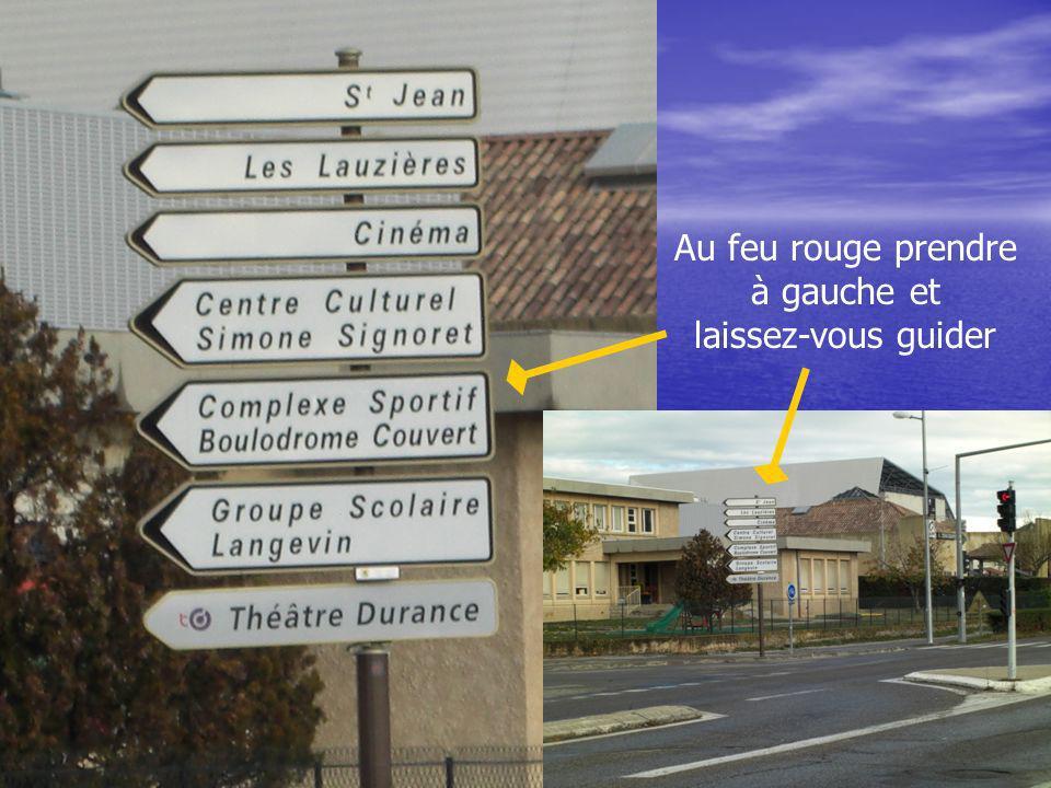 A votre arrivée A votre arrivée au centre culturel Simone Signoret au centre culturel Simone Signoret Lentrée Lentrée Le parking Le parking