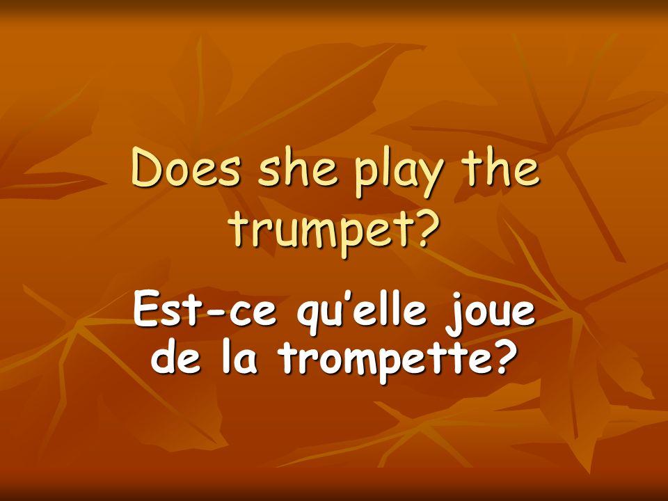 Véro and I are playing the drums. Véro et moi jouons de la batterie.