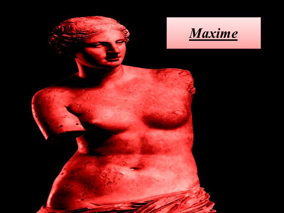 La statue de marbre représente Cléopâtre se suicidant par la piqûre d'un aspic, après sa défaite.