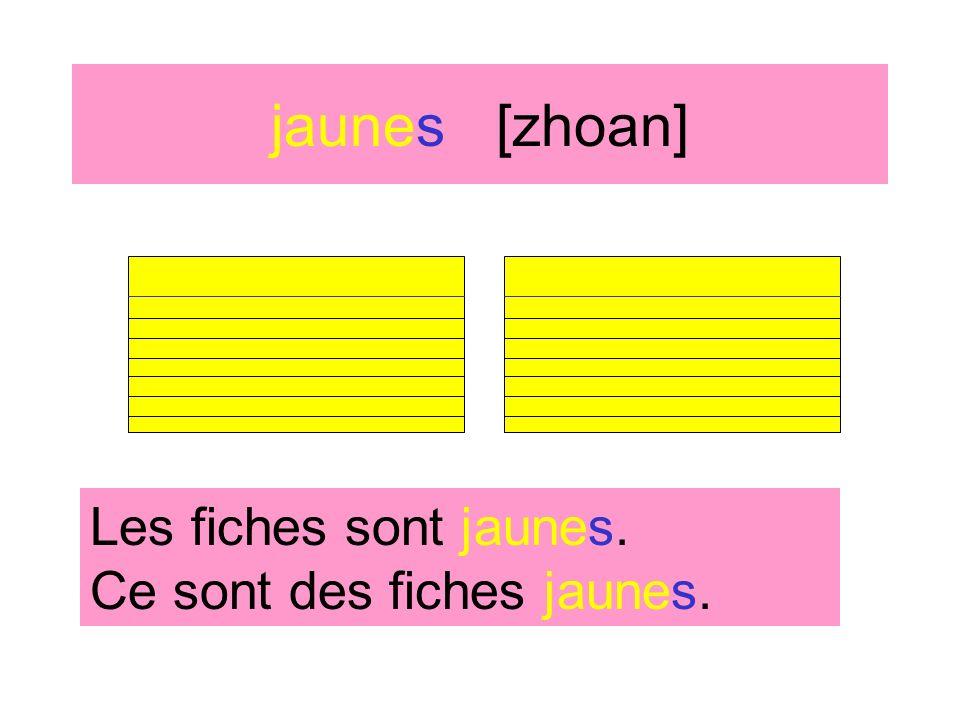 jaunes [zhoan] Les sacs à dos sont jaunes. Ce sont des sacs à dos jaunes.