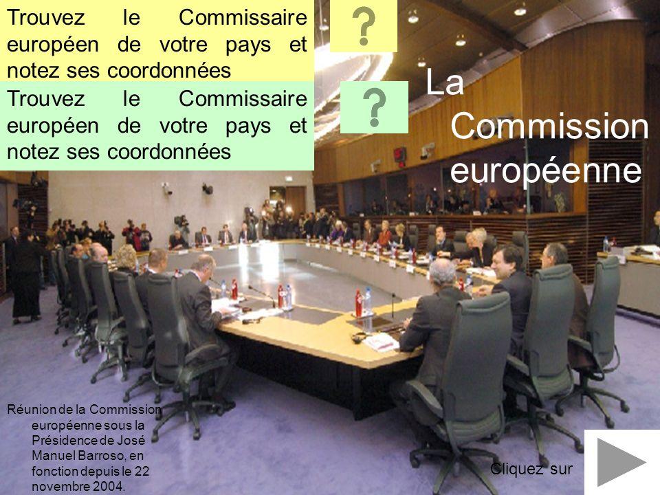 Réunion de la Commission européenne sous la Présidence de José Manuel Barroso, en fonction depuis le 22 novembre 2004. La Commission européenne Trouve