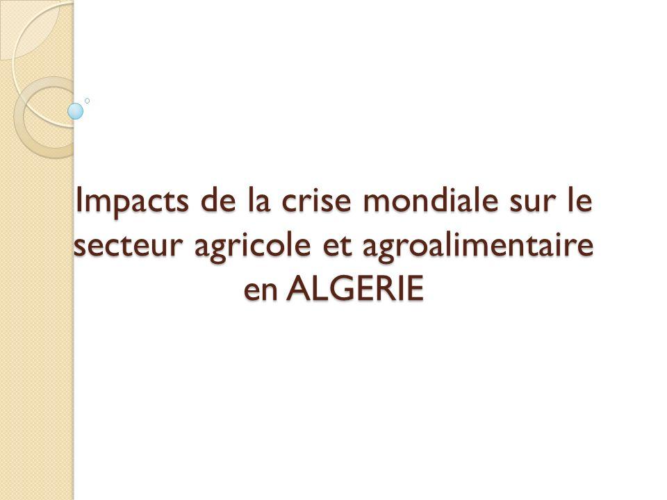 Produit agricole = produit non homogène Un produit (le blé tendre par ex.) = plusieurs « blés tendres » = plusieurs marchés qui peuvent devenir alternatifs Le marché mondial = marché étroit (< 18% pour les blés, < 9% pour le lait) + marché oligopolistique.