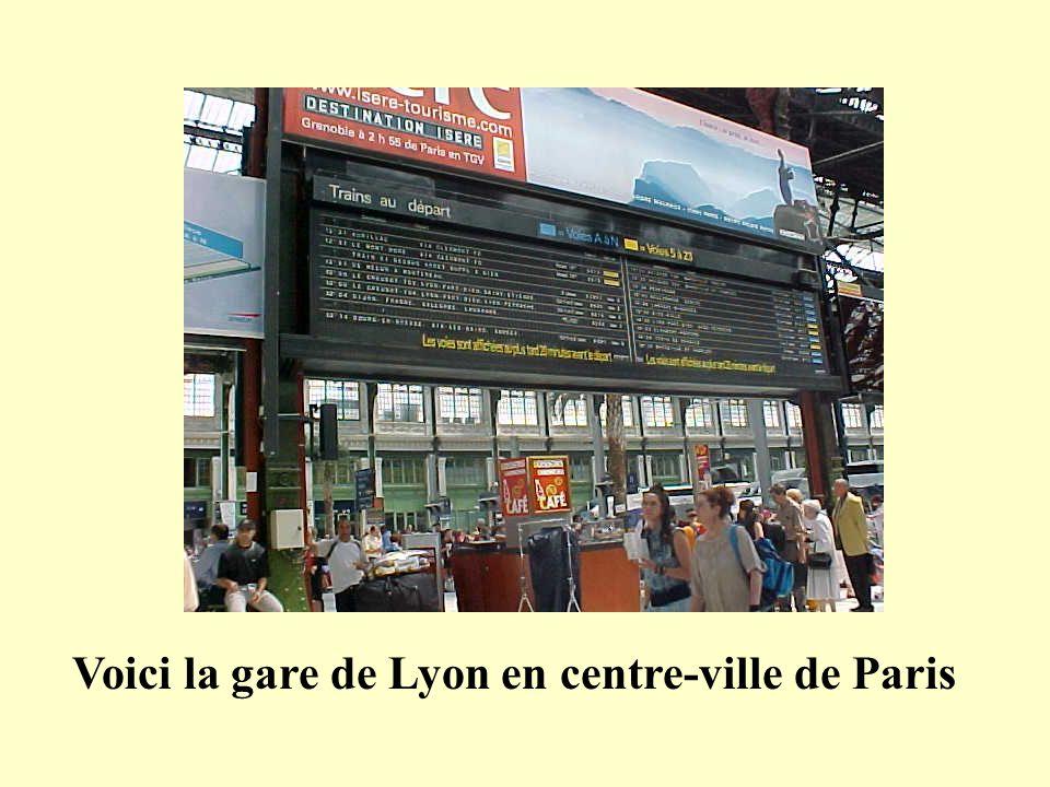 Voici la gare de Lyon en centre-ville de Paris