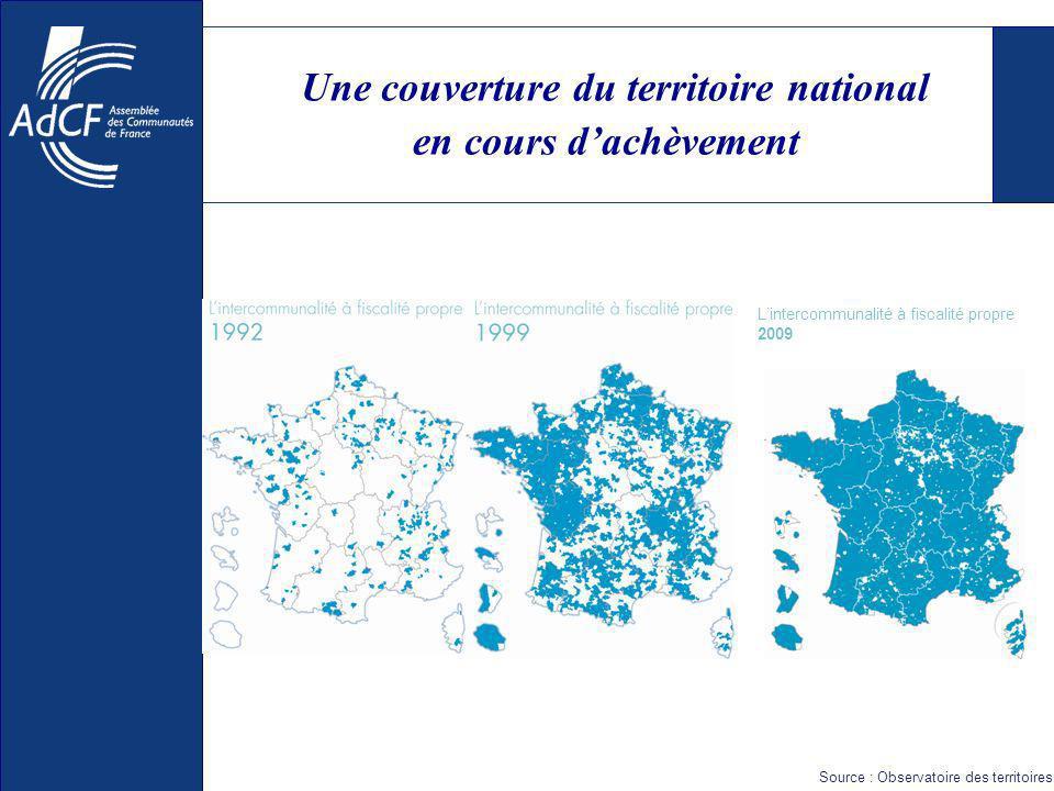 Une carte intercommunale à optimiser (i) Des enjeux de cohérence territoriale persistances denclaves (4% des communautés) discontinuités territoriales (3% des communautés) agglomérations fragmentées multiplicité de syndicats Des enjeux de taille critique 29 communautés de deux communes (dont 1/3 en Ile de France) 26 % de groupements de moins de 5 000 habitants
