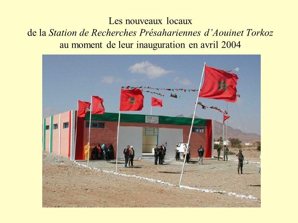 Les nouveaux locaux de la Station de Recherches Présahariennes dAouinet Torkoz au moment de leur inauguration en avril 2004