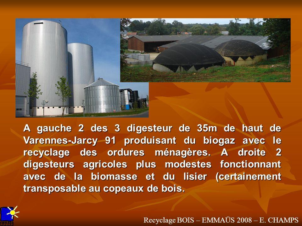 Recyclage BOIS – EMMAÜS 2008 – E. CHAMPS A gauche 2 des 3 digesteur de 35m de haut de Varennes-Jarcy 91 produisant du biogaz avec le recyclage des ord