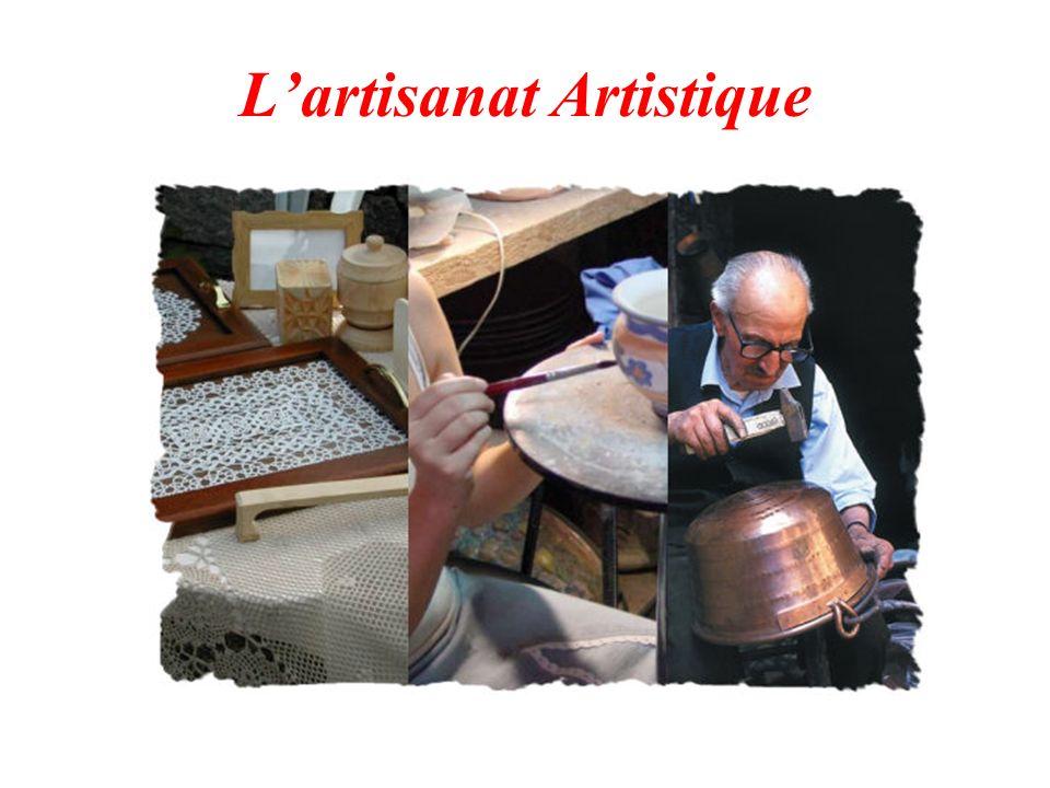 La céramique Lart de la céramique est pratiqué dans les Abruzzes dès son invention.