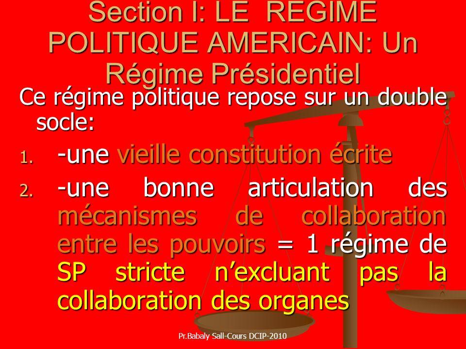 Ce régime politique repose sur un double socle: 1. -une vieille constitution écrite 2. -une bonne articulation des mécanismes de collaboration entre l