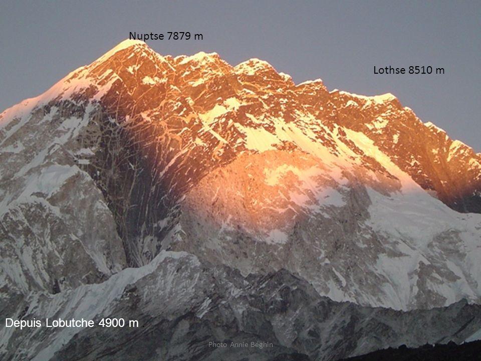 Photo Annie Béghin Nuptse 7879 m Lothse 8510 m Depuis Lobutche 4900 m.