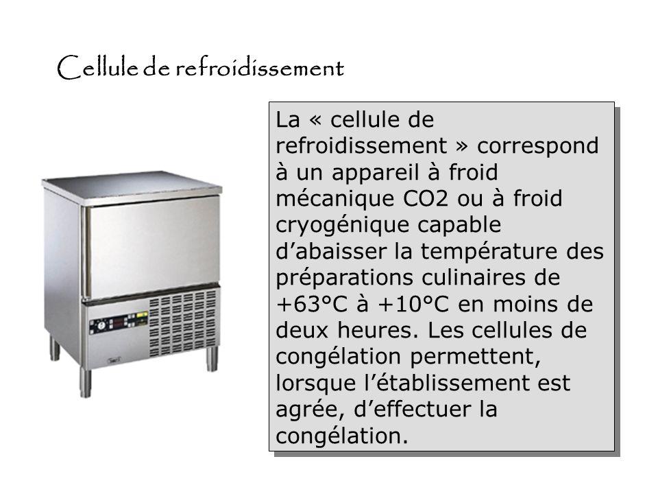 Tour réfrigéré Les tours sont des tables de travail en pâtisserie. Elles sont robustes et recouverte, soit de marbre, soit dacier inoxydable Sous le m