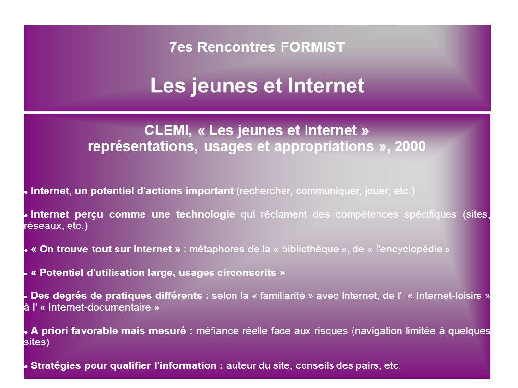 CréDOC « La diffusion des technologies de l information dans la société française », 2006 43 % des adultes (45 % des 12 ans et plus) disposent d une connexion Internet à domicile (Progression de 5 % par an depuis 1999 (prés de 2 millions de personnes) 56 % des 12 – 17 ans et 50 % des 18 – 24 ans disposent en 2006 d une connexion Internet à haut débit à leur domicile Les jeunes semble disposer de plus en plus aisément d un accès à Internet .