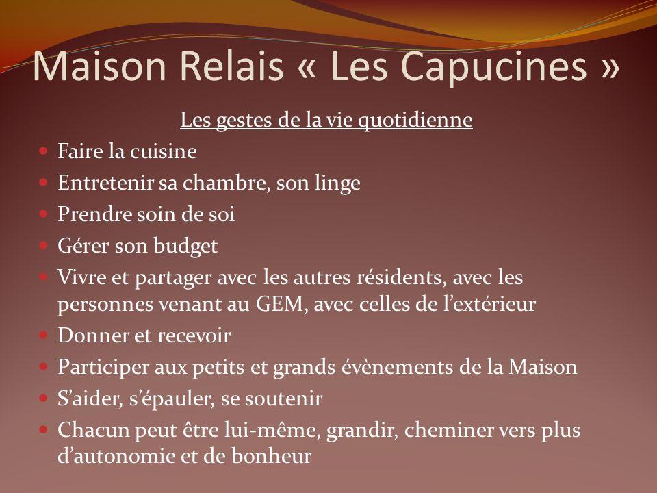 Au sein de ses murs se trouve: La Résidence « Les Capucines » avec 12 résidents Un lieu daccueil « Le Jardin » avec une centaine de participants Un GE