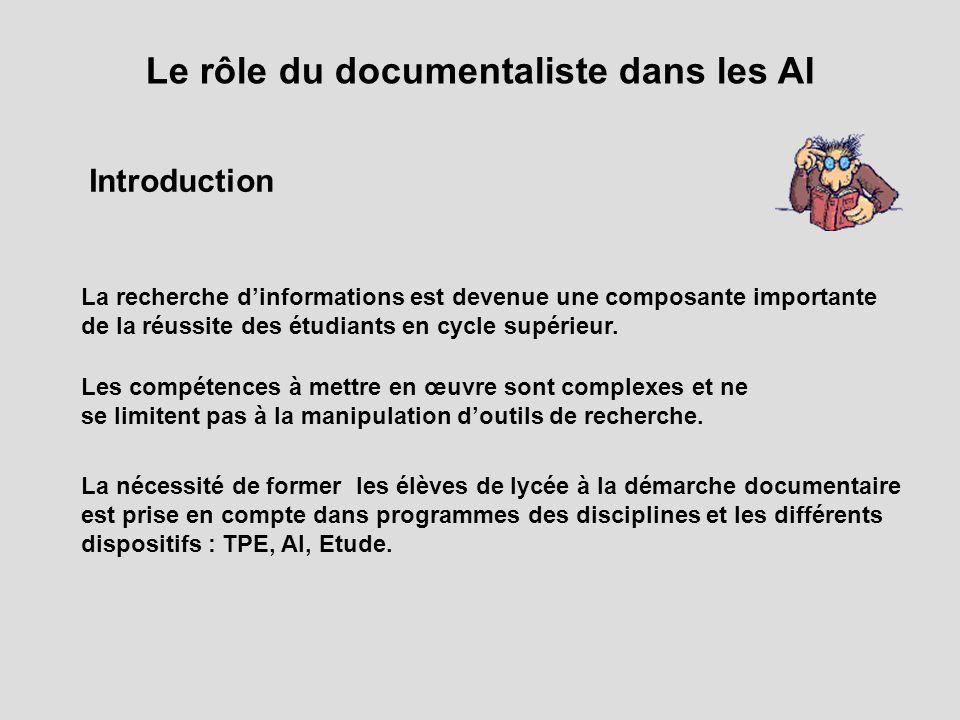 Introduction La recherche dinformations est devenue une composante importante de la réussite des étudiants en cycle supérieur. La nécessité de former