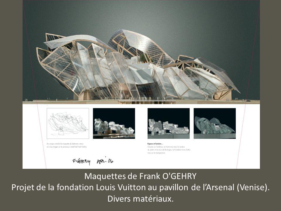 Maquettes de Frank O'GEHRY Projet de la fondation Louis Vuitton au pavillon de lArsenal (Venise). Divers matériaux.